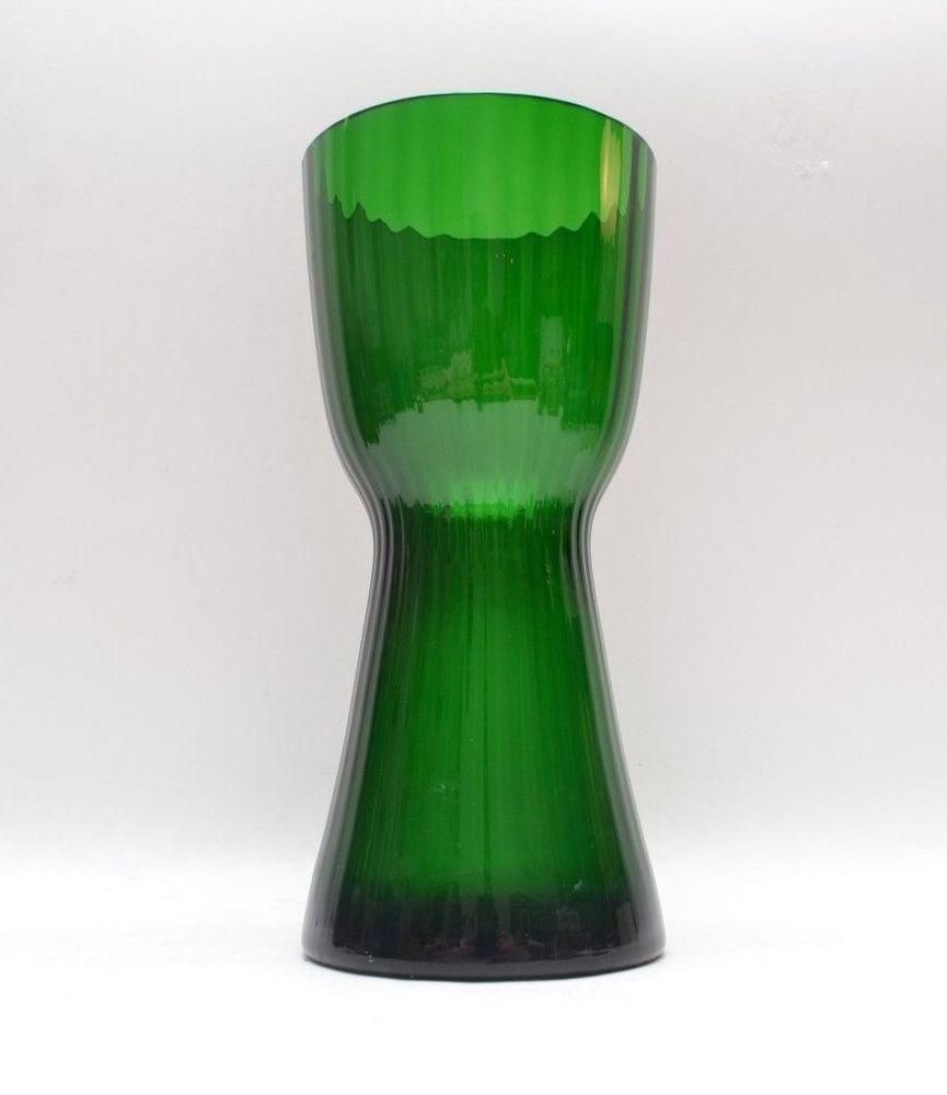 Stylish Green Mid Century Vintage Scandinavian Art Glass Vase Lindshammar Lindshammar Midcenturymodern Glass Scandinavian Art Glass Art