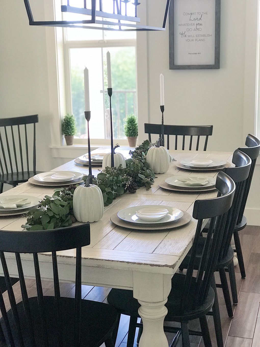 Simple And Neutral Thanksgiving Tablescape With White Dishes Black Candlestick Farmhouse Dining Room Table Farmhouse Style Dining Room Modern Farmhouse Dining