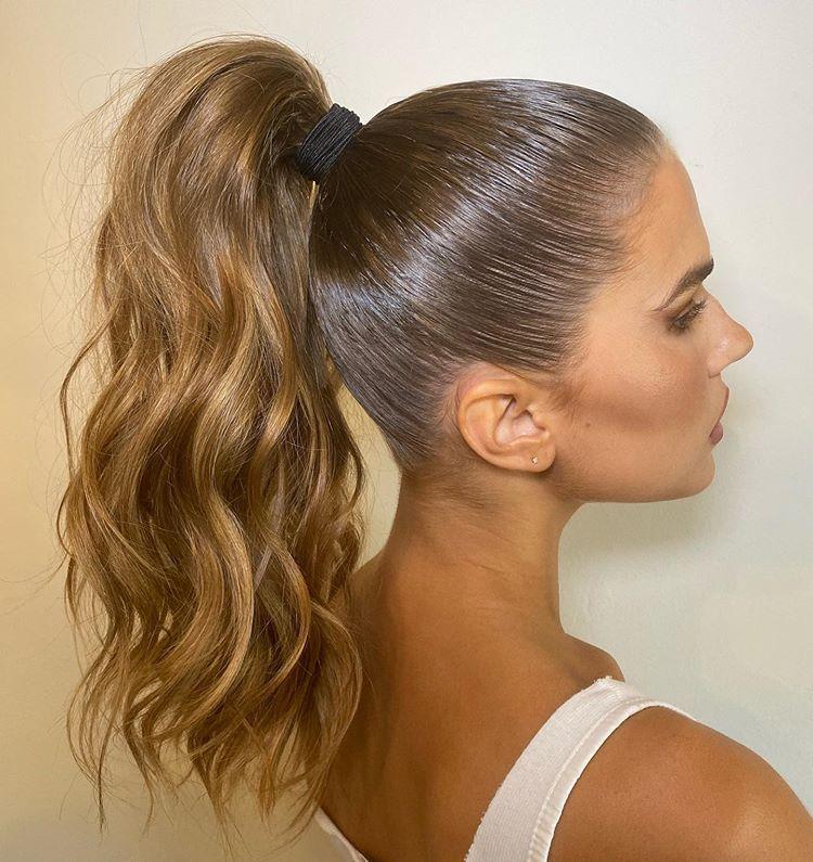 Snatched Karajewelll Hairbyruslan Using Luxyhair Shade Seamless Chestnut Brown Highlights Hair Styles High Ponytail Hairstyles Hair