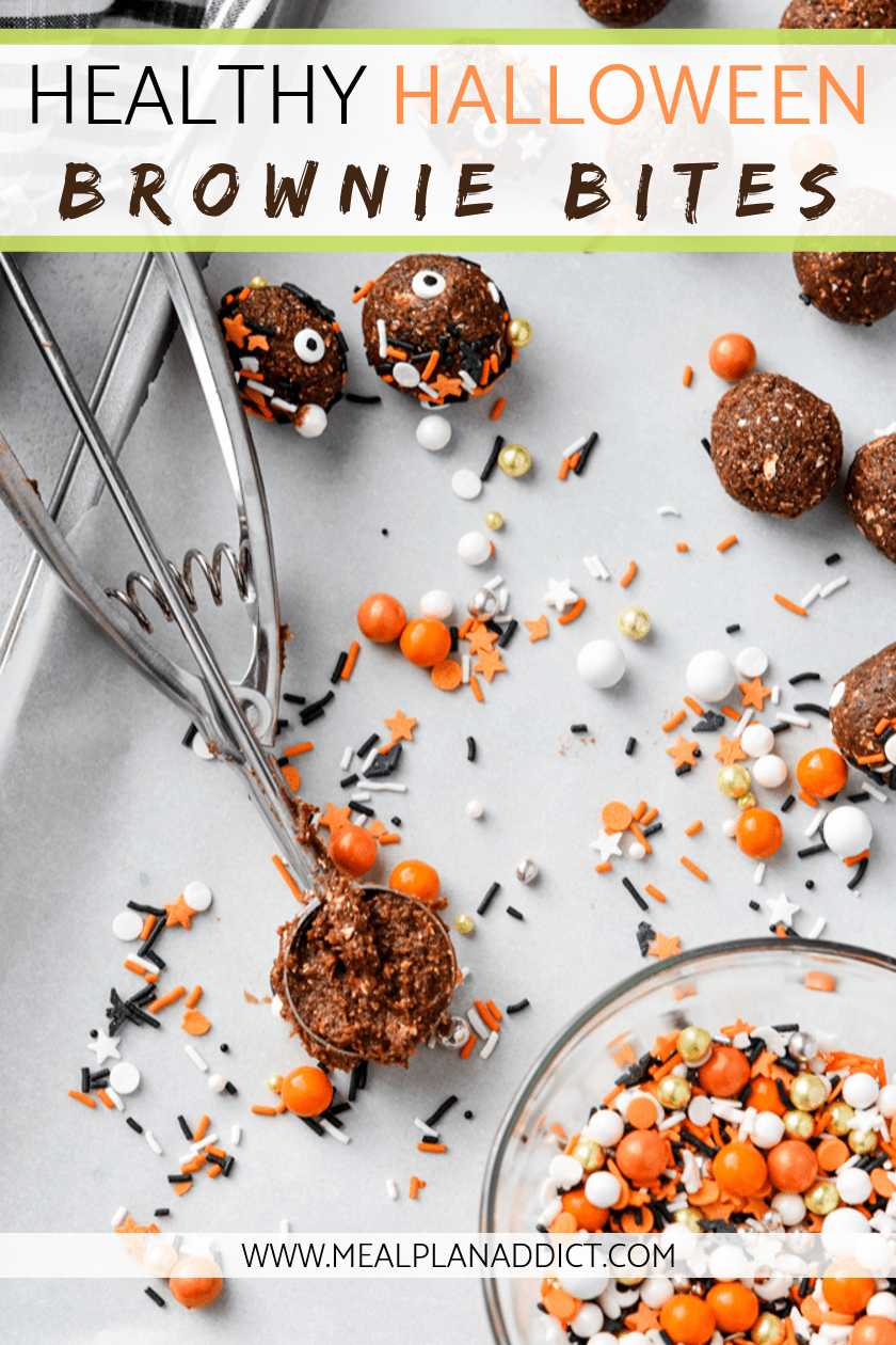Healthy Halloween brownie bites are a super easy, no bake, kid friendly activity. #nobake #energybites #healthyhalloween #browniebites #mealplanaddict #halloweenbrownies