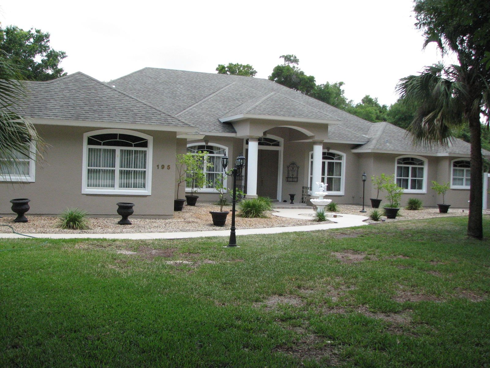 Exceptional exterior stucco 7 stucco exterior house paint for Florida stucco