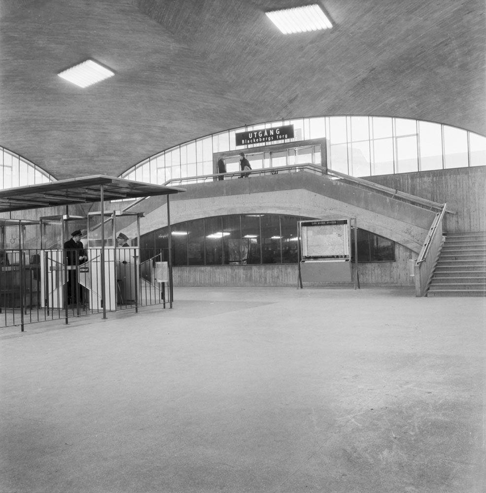 Blackebergs metro station, by Gunnar Ekelund, 1958 ...