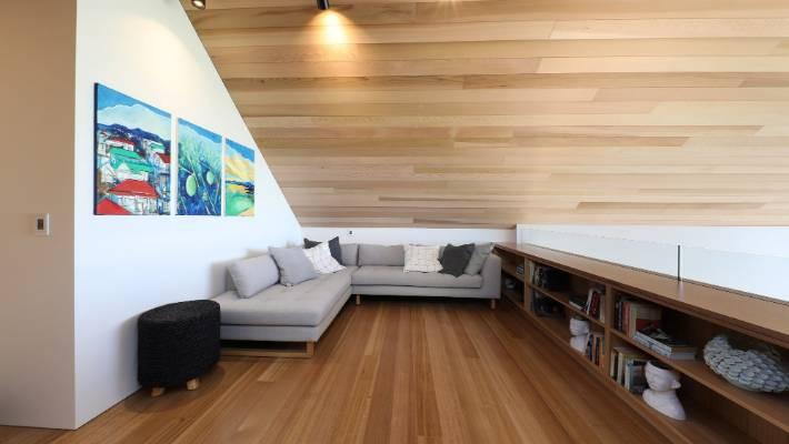 Grand Designs Nz Dunedin Beach Crib Is A Diy On The Side Project