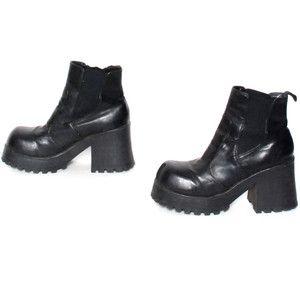 6ce7d5a5fb1 size 8.5 GRUNGE black vegan leather 80s 90s CHUNKY PLATFORM slip on ankle  boots