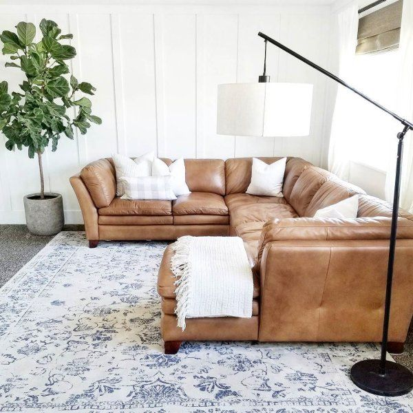 Pin By Emily Small On Home In 2019 Living Room Sectional