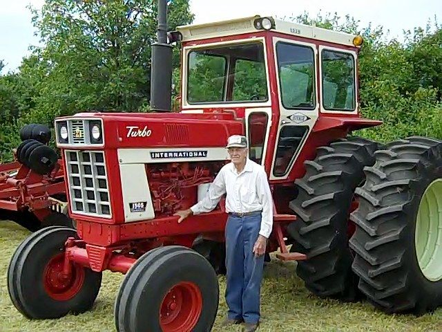 Vintage Farms Tractors For Sales : International i admire the proud old farmer