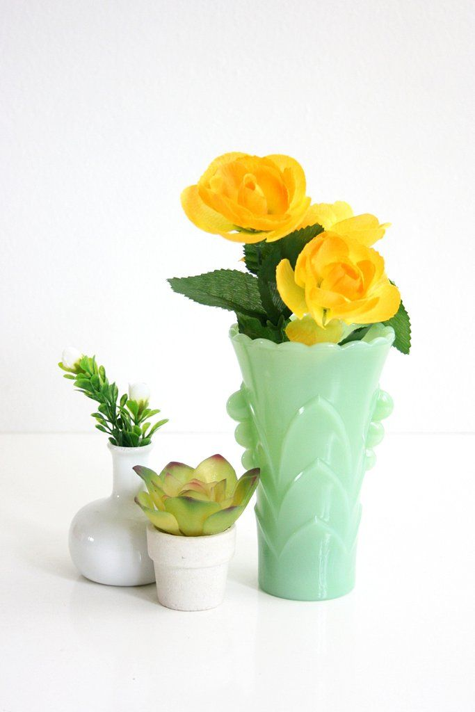 Sold Vintage Fire King Jadeite Deco Vase Mid Century Jadeite