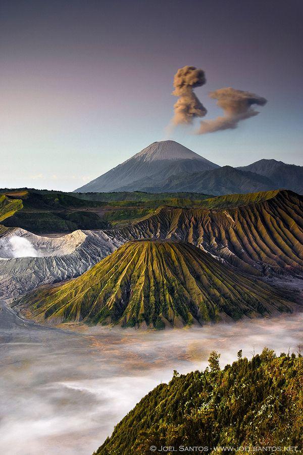 Bromo Tengger Semeru National Park Java Indonesia Dengan Gambar Wisata Asia Pemandangan Lanskap