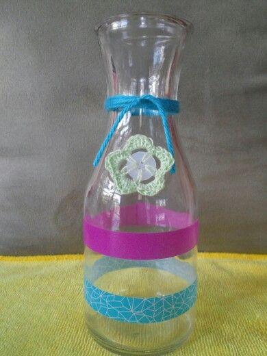 Preciosa botella en colores pastel