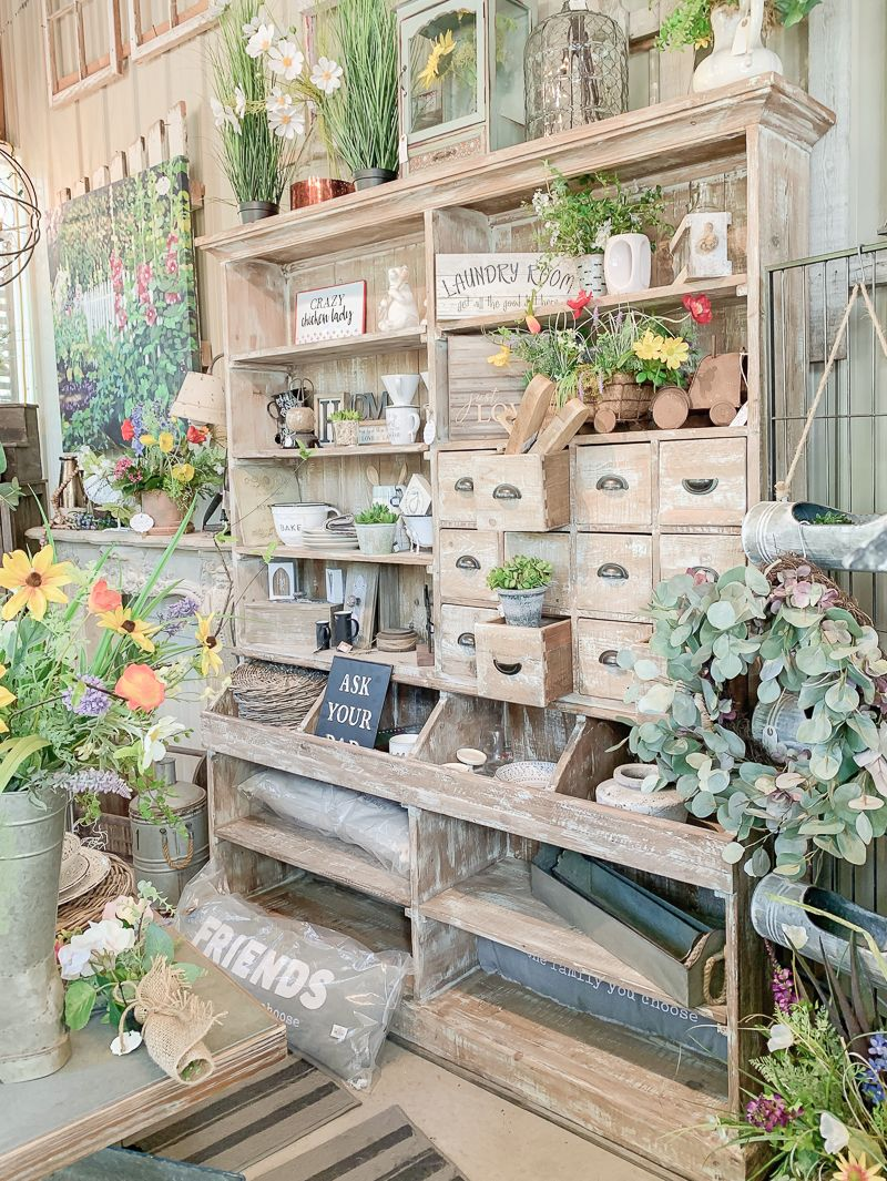 Fabulous and Fresh Farmhouse DIYS and Ideas - The Cottage Market