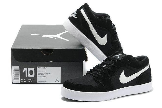 Retro Jordan Aj V.2 Low Black and White Mens Casual Shoes
