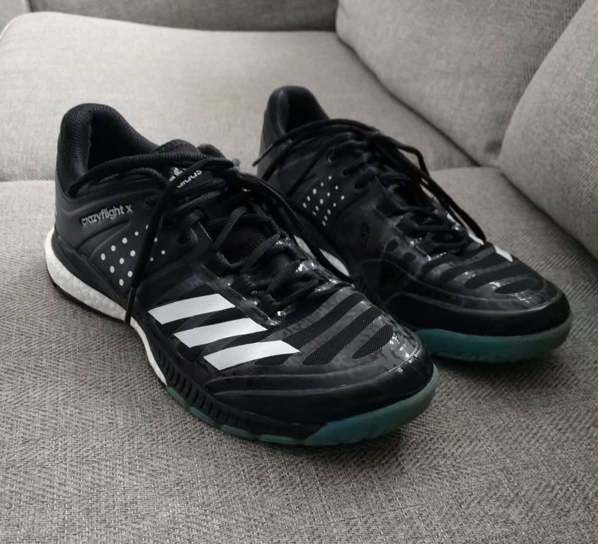 Women S Size 9 Volleyball Shoes From Adidas The Style Is Crazyflight X And They Are Black And White Great Preowned Volleyball Shoes Adidas Athletic Adidas