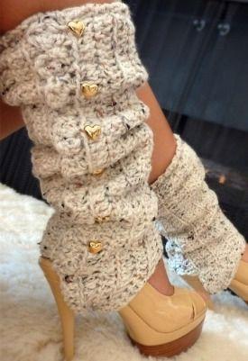 Oatmeal Crochet Leg Warmers with Stirrups by Mademoiselle Mermaid