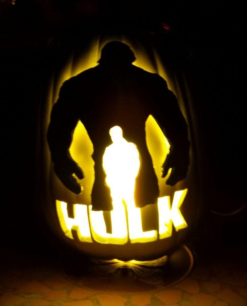 Cool Pumpkin Faces The Incredible Hulk Pumpkin Pumpkin Carvings