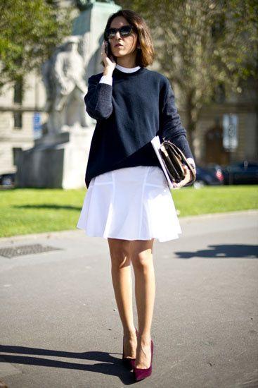 8590d2cb0a Street Style  los primeros looks de primavera. Versión minimal  jersey negro