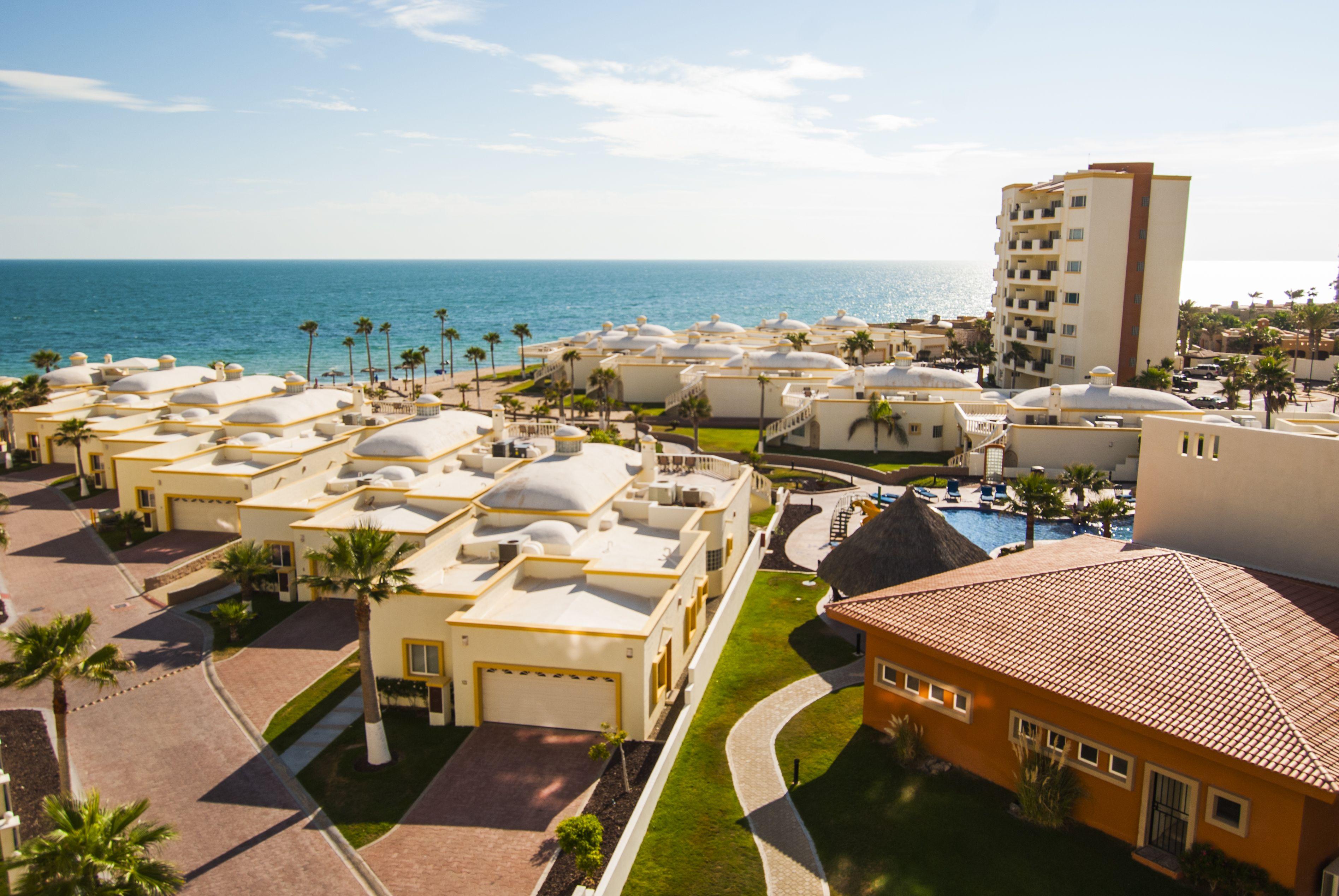 Las Palmas Resort pool, Puerto Peñasco, Mexico   Puerto