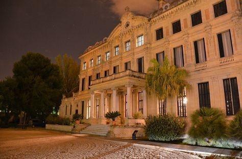 Sabías Que El Palacio De Recreo De Las Cadenas Sede La Real Escuela Andaluza Del Arte Ecuestre En Jerez Cádiz Fue Construi Cádiz Palacios Andalucia España