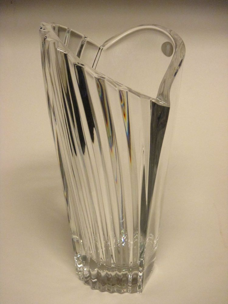 Large Gorham Full Lead Crystal Vase Clear Heart Shaped Ribbed Swirl