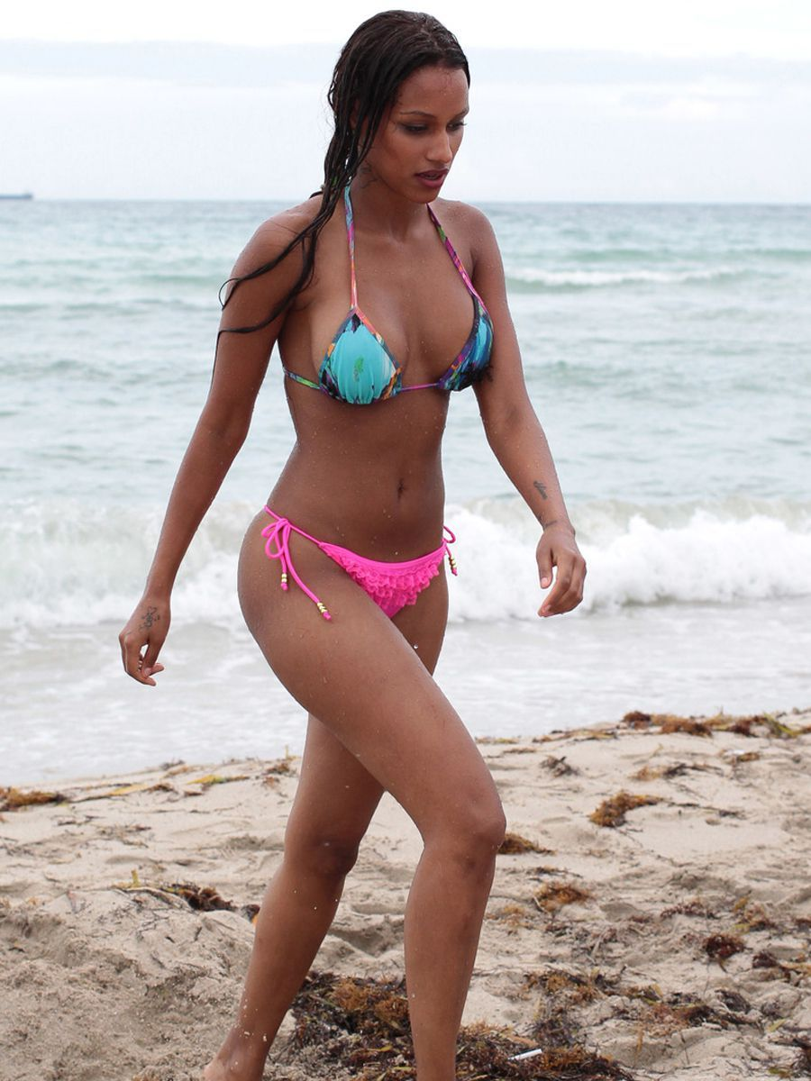Celebrity Fanny Neguesha naked (43 photo), Tits, Cleavage, Instagram, cleavage 2017