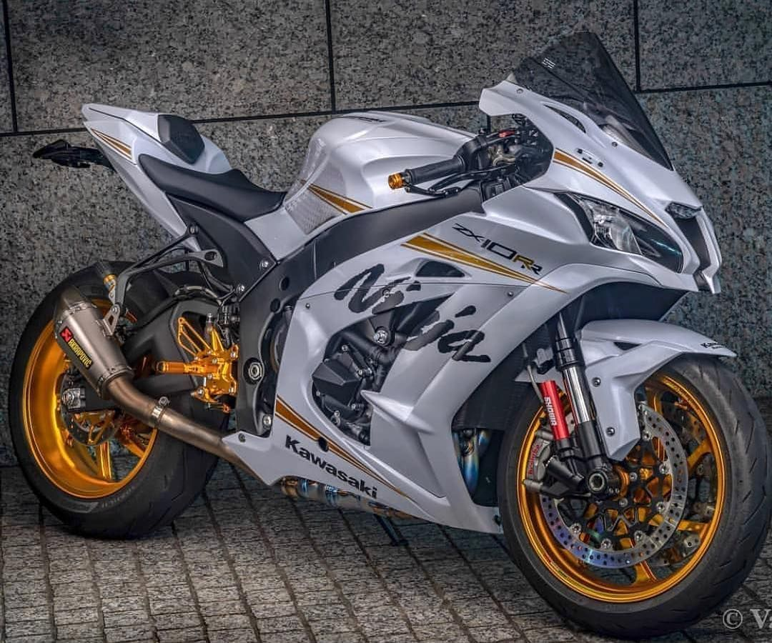 Straatfietsen Op Instagram Kawasaki Of Suzuki