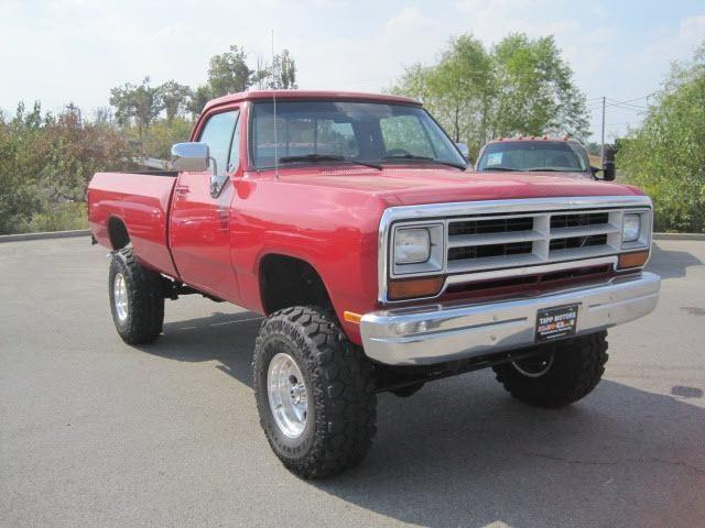 1988 Dodge Ram 4x4 BEST TRUCK EVER! Had to put running