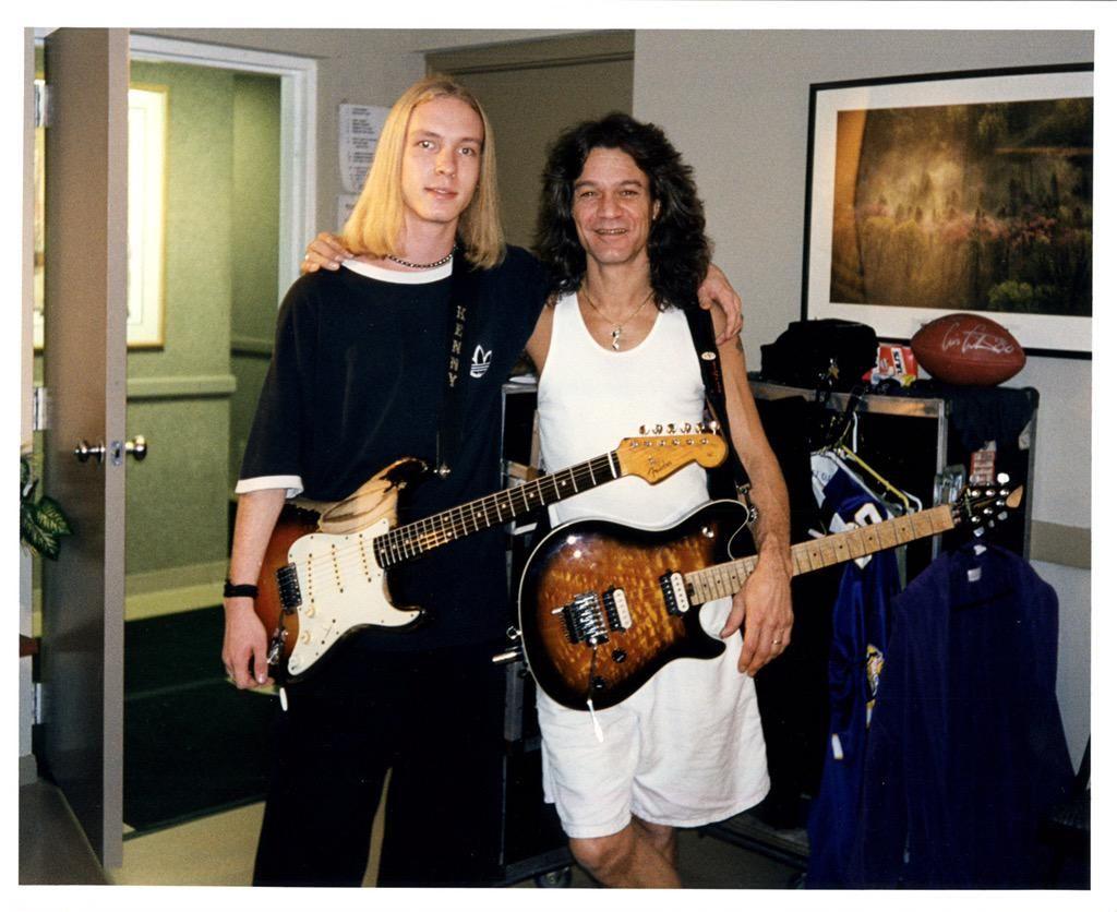 Pin On Eddie Van Halen