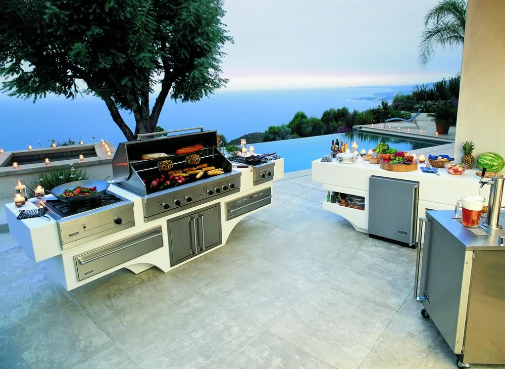 Viking Custom Outdoor Kitchen, Barbecue Grill and BBQ Island ...