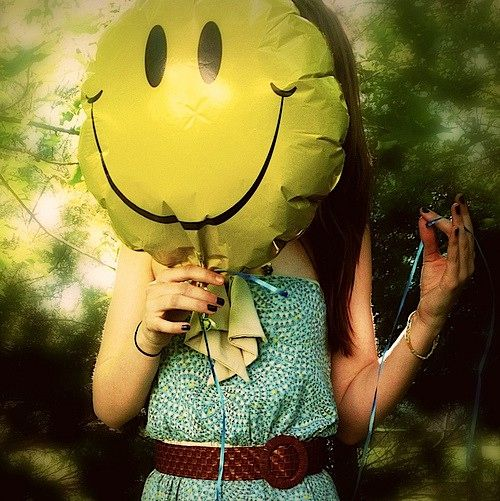 Playlist: Smile is the best make up any girl can wear