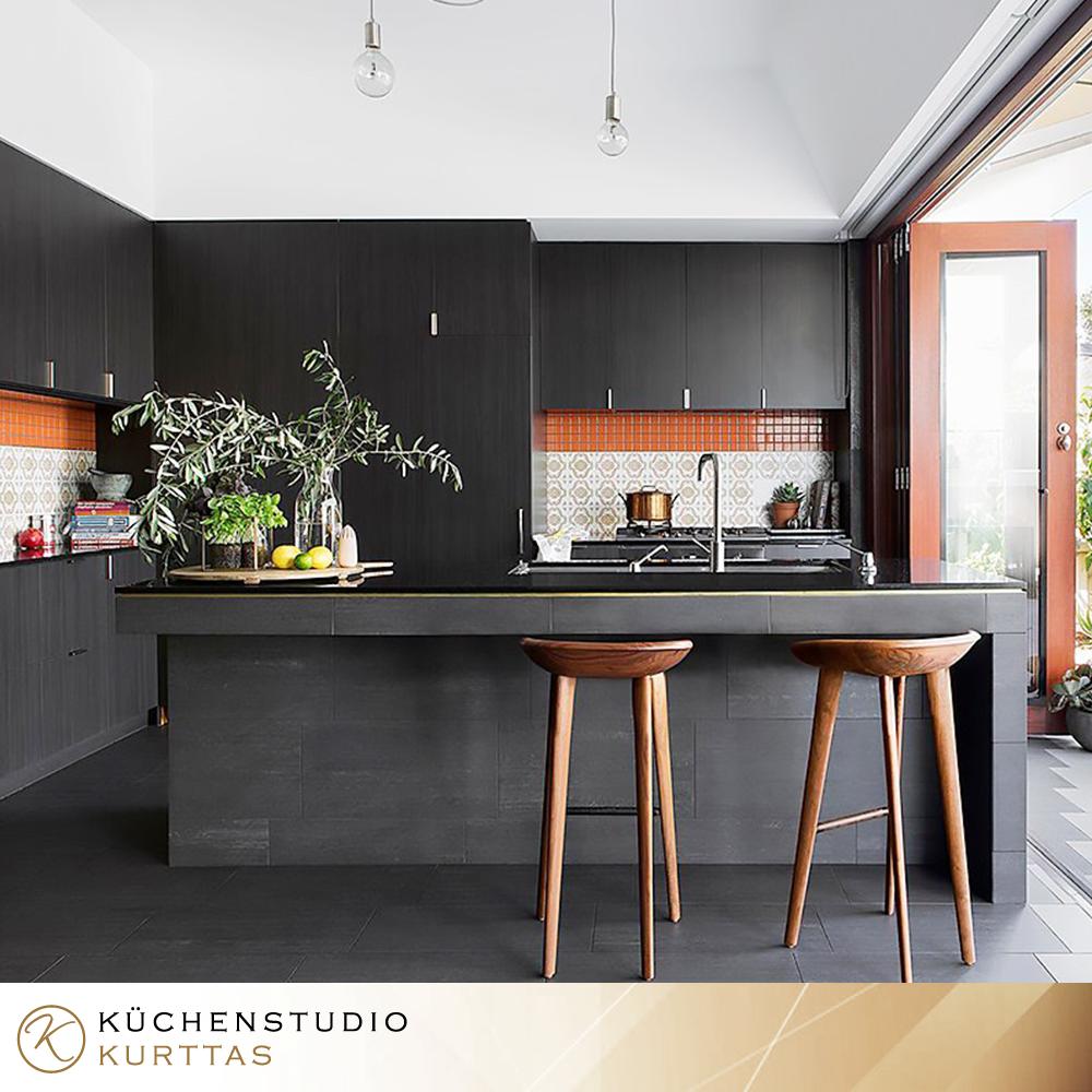 Den Adel der Farbe Schwarz können Sie mit Kurttaş Küchenstudio ...
