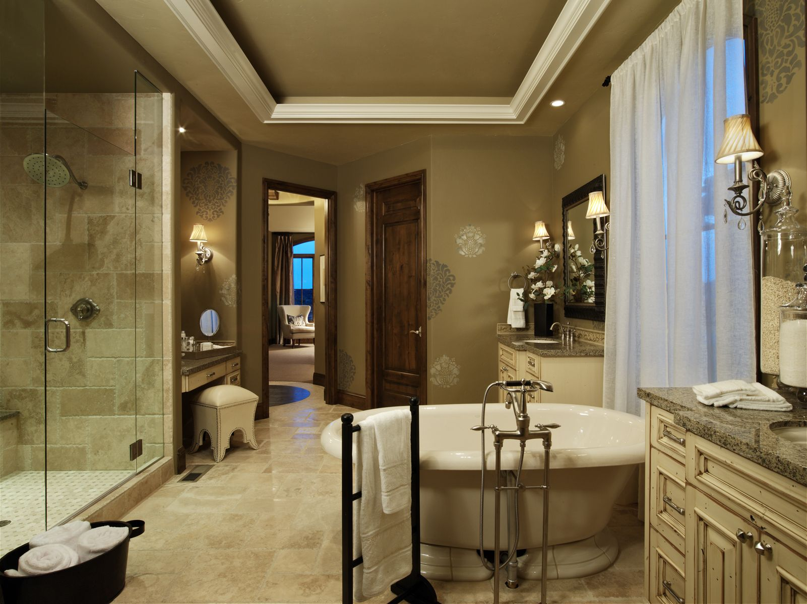 """Today s home ers want a """"spa type"""" master bathroom"""