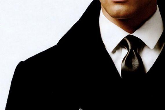 Aprender a identificar um colarinho pode te ajudar a harmonizar todo o traje formal, afinal alguns tipos caem melhor com certos nós de gravata, cortes de terno e até mesmo formatos de rosto. Como a…