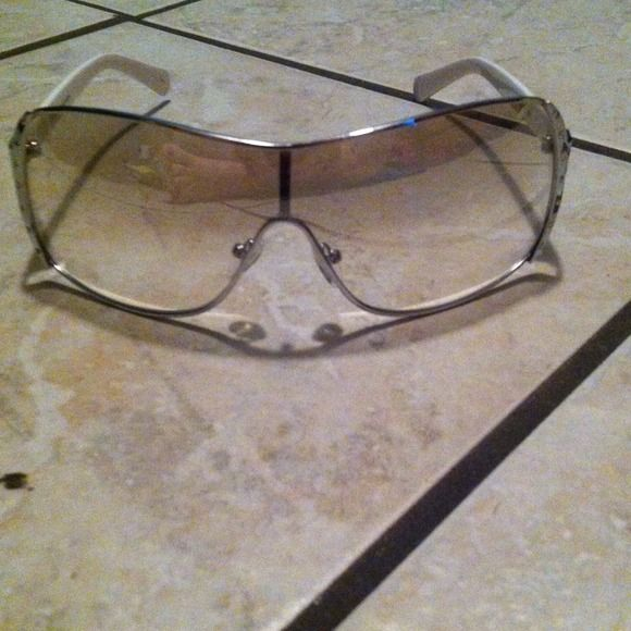 Accessories - Steve Madden Sunglasses