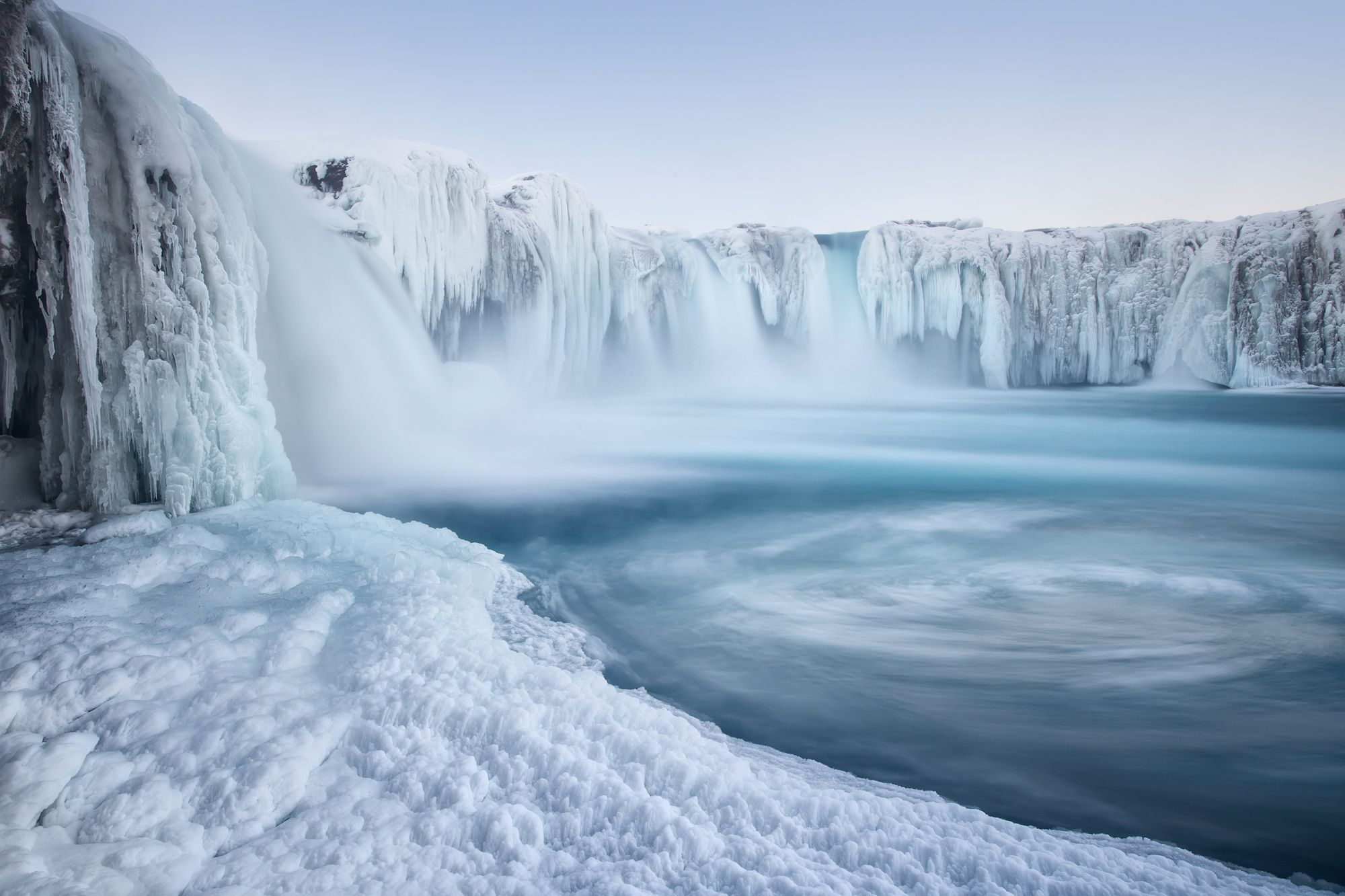 A 'Frozen' world: Amazing icy landscapes (With images) | Waterfall ...