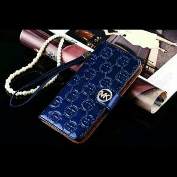Mk case wallet iphone 6/6s Mk case wallet Iphone 6/6s Michael Kors Accessories Phone Cases