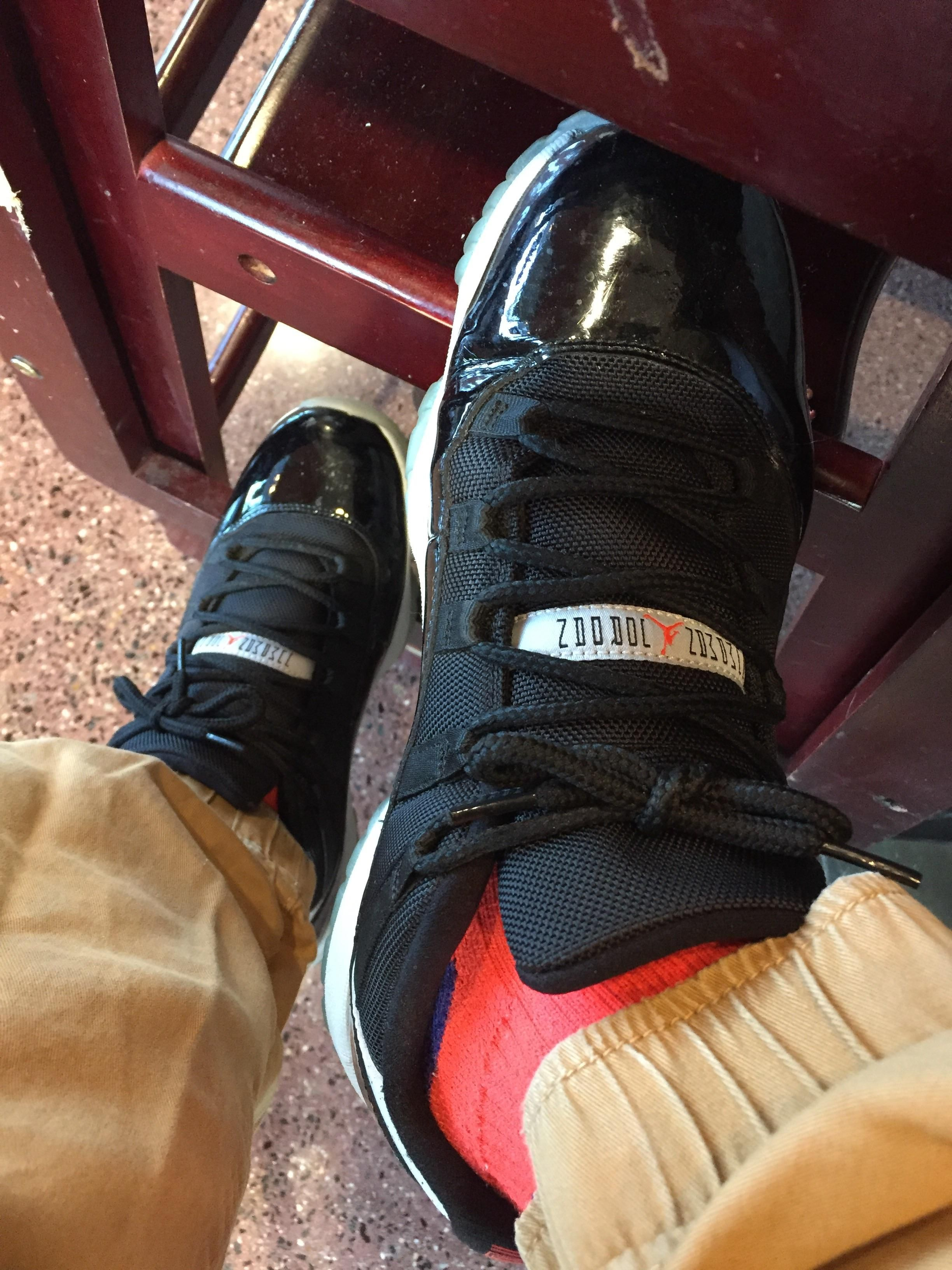 8f003c4588223e  WDYWT  Infrared 11 lows for MJ Mondays. Also rocking the infrared Jordan  socks to match.