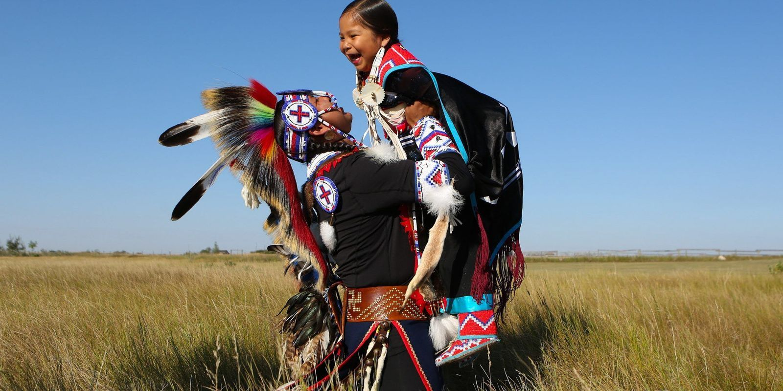 Family Culture Pride Indigenous Fathers Keep Heritage