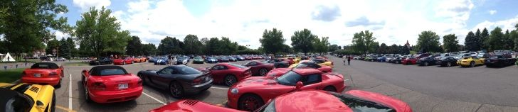 200 Vipers in One Awesome Photo http://www.autoevolution.com/news/200-vipers-in-one-awesome-photo-84337.html