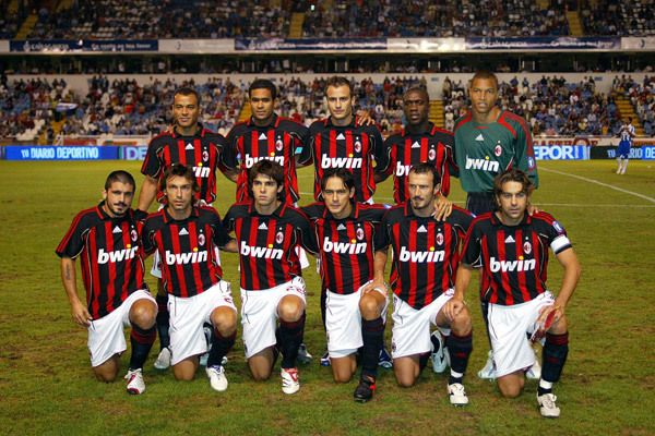 تشكيلة فالنسيا 2003