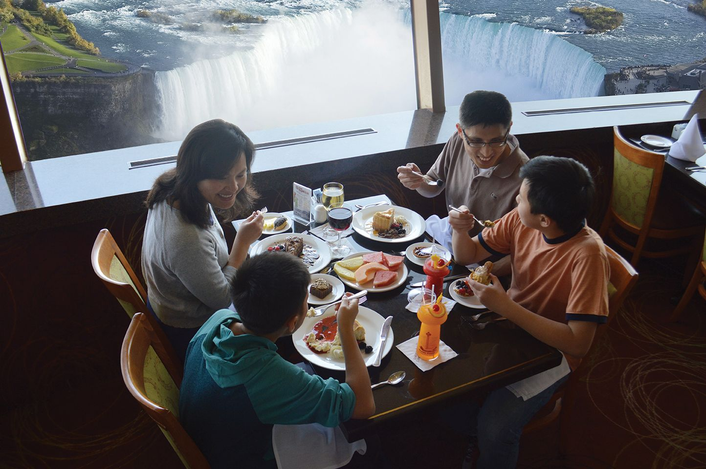 Niagara Falls Dining  The Summit Suite Buffet Is The Other New Skylon Revolving Dining Room Design Ideas