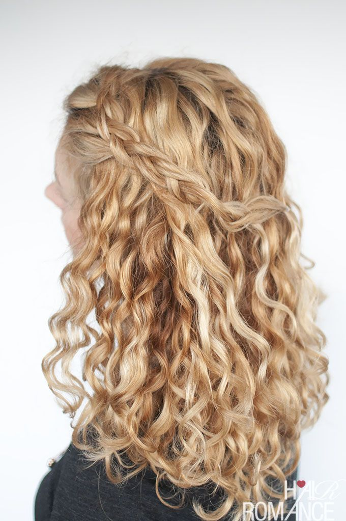 An Easy Half Up Braid Tutorial For Curly Hair Hair Romance Curly Hair Styles Curly Hair Styles Naturally Front Hair Styles