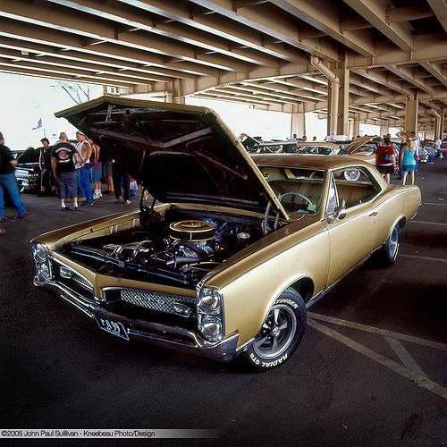 What's Under The Hood? - Gold 1967 Pontiac GTO