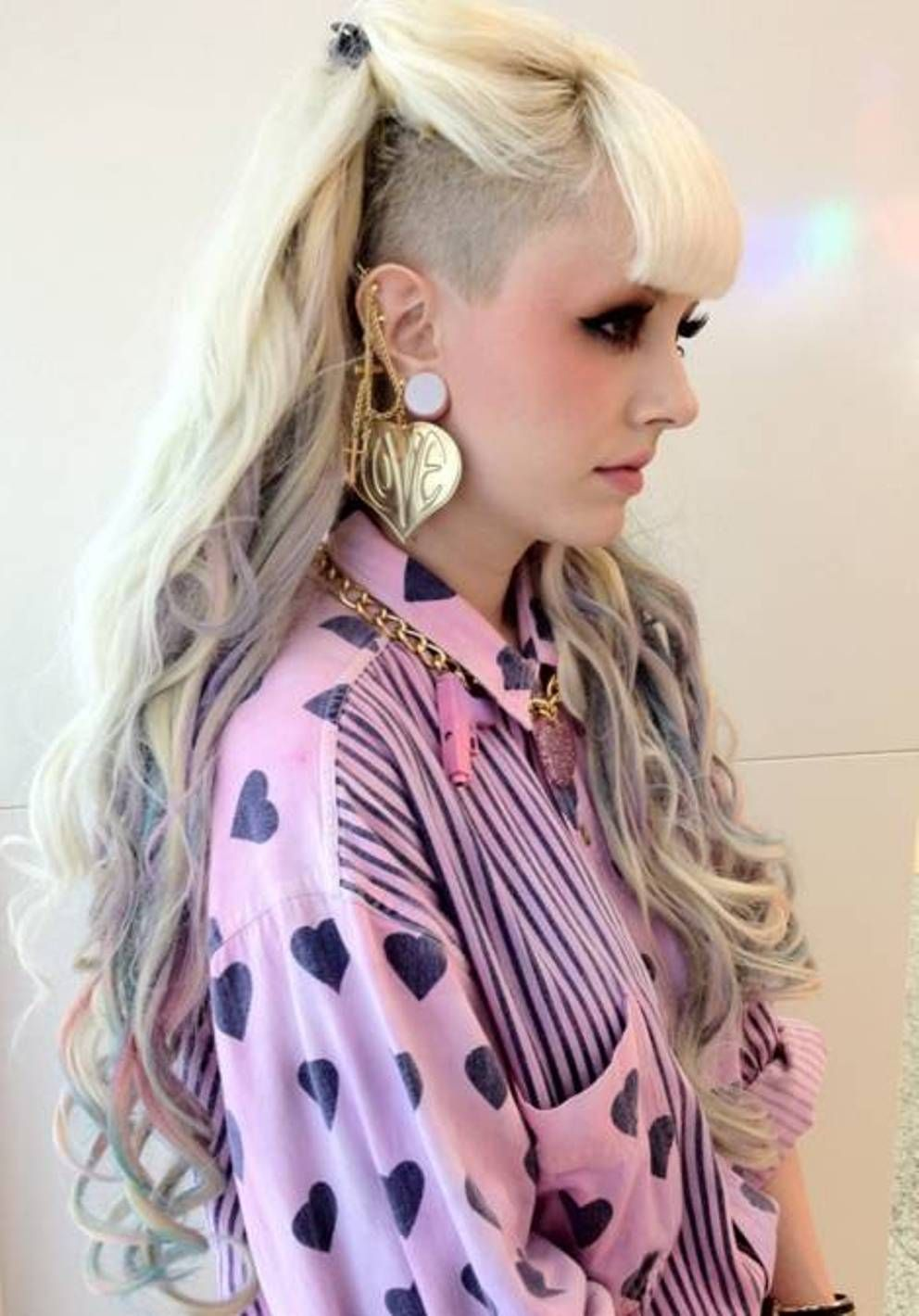 Side shaved wavy punk hairstyles for women hair colour pinterest