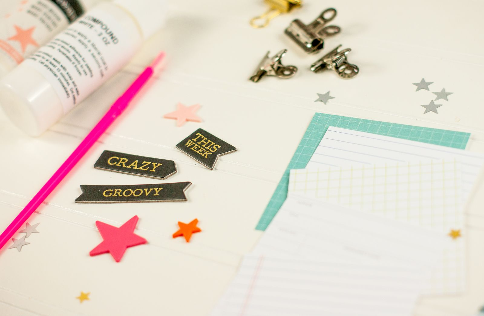 Hey everyone! Maggie here with a fun way to use up the extra supplies you may have in your Documenter Kits! Even though Christmas is over, there's no reason why you can't still give little gifts to your family and friends...especially to your crafty friends!