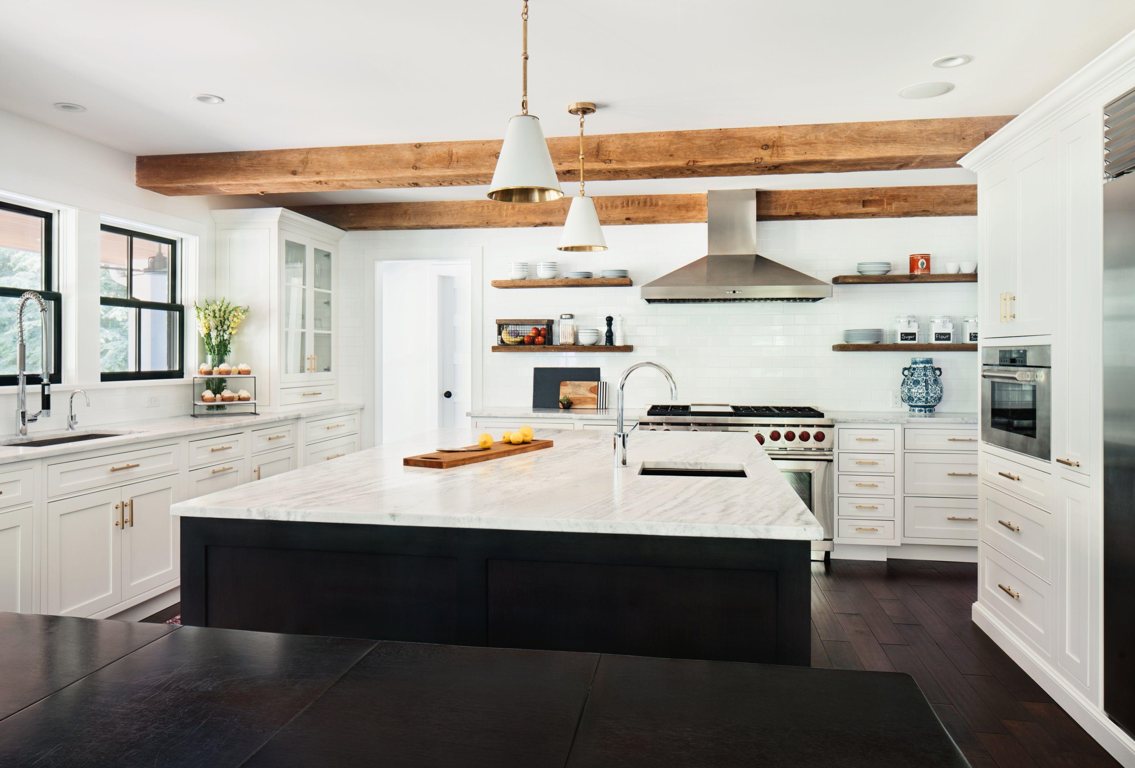 Oakwood Residence Modern Farmhouse Kitchen Z Interiors Home Kitchens Kitchen Inspirations Modern Farmhouse Kitchens