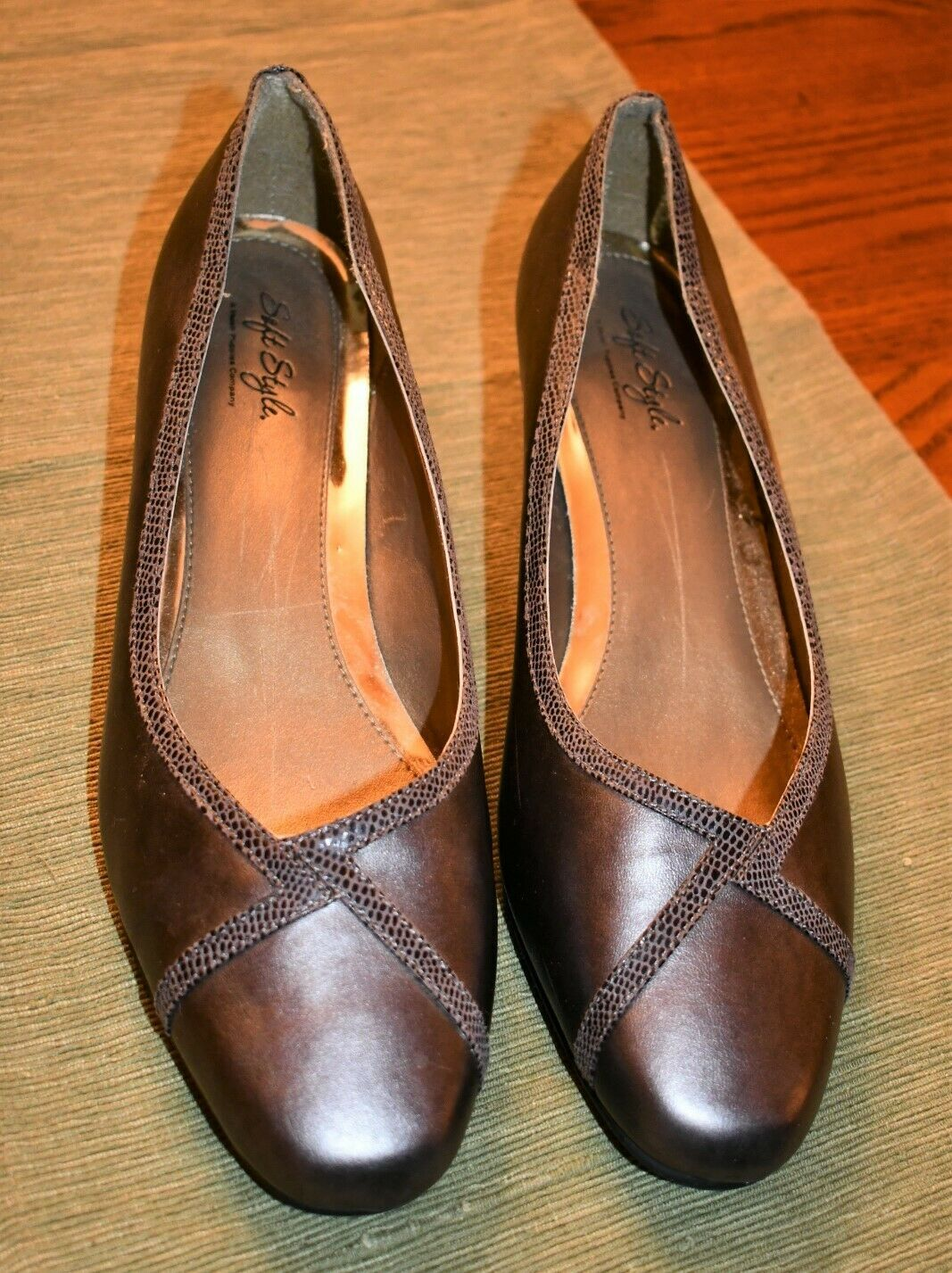 Womens Soft Style A Hush Puppies Company Size 11 Ew Shoes Item 61 In 2020 Hush Puppies Shoes Women