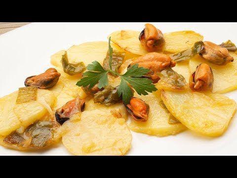 El Cocinero Karlos Arguiñano Elabora La Receta Patatas Panadera Con