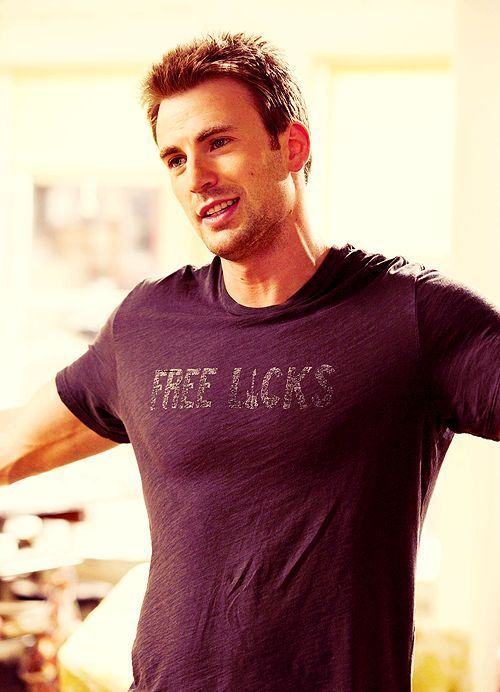 this is the best thing ever! 29 photos of Chris Evans!! #yummy