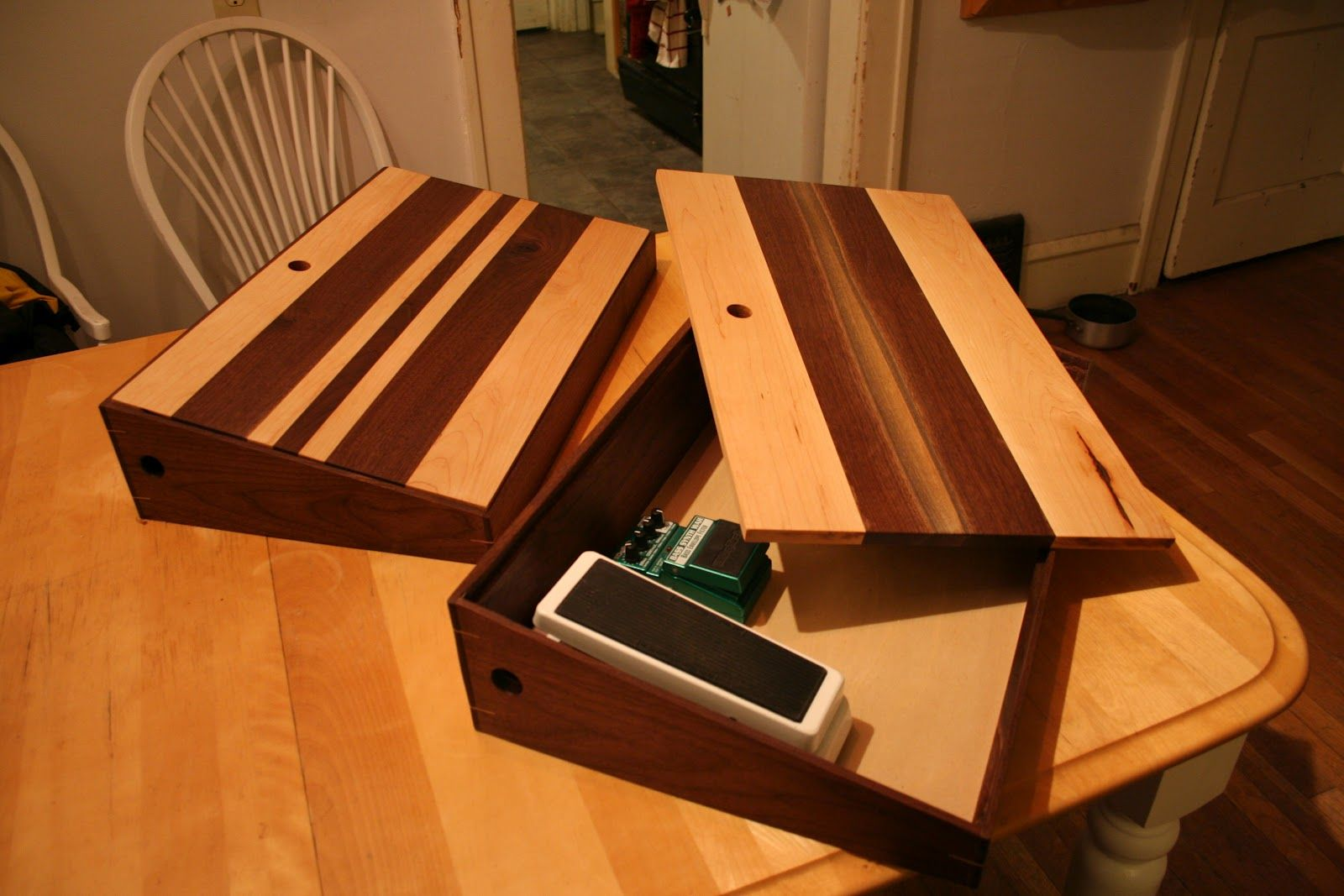 pedal boards matty build this build this pedalboard guitar pedals diy pedalboard. Black Bedroom Furniture Sets. Home Design Ideas