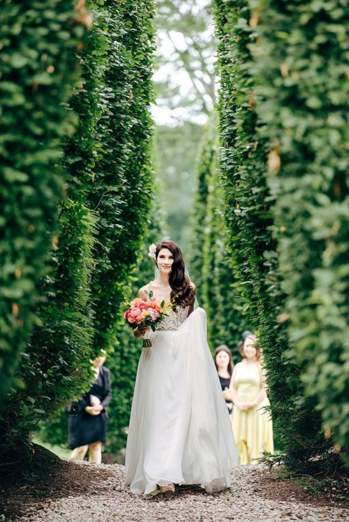 A custom Hayley Paige wedding dress | @jessepafundi | Brides.com