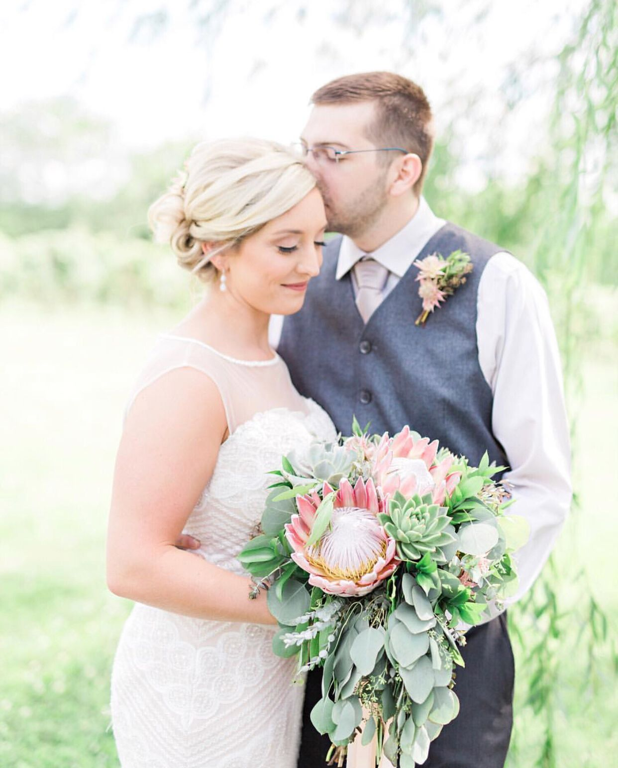 Celebrity Wedding Flowers Centerpieces: Wedding Bouquets - Wedding Florist